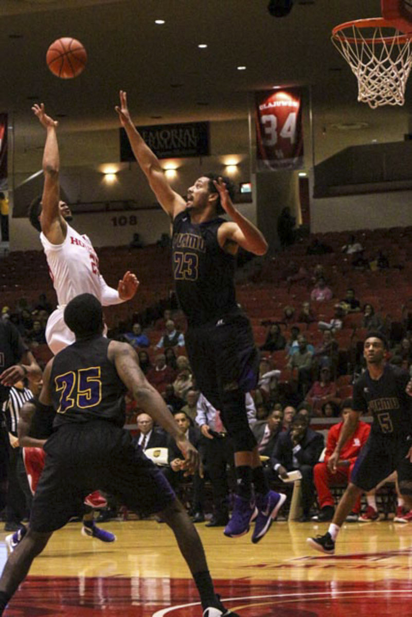 UH Men's Basketball: University of Houston vs Prairie View A&M (Photo Gallery) - The Venture